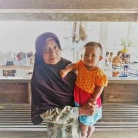 Podróż za jeden uśmiech - prawdziwe życie Tajów